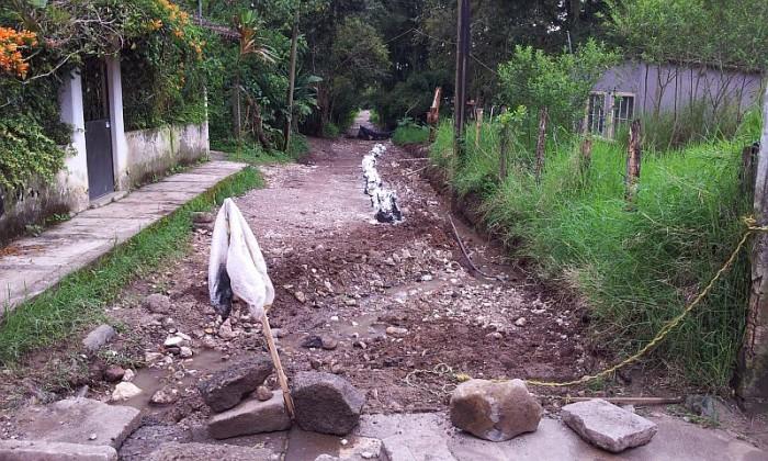 Arreglo Calle en La Pitaya 2013
